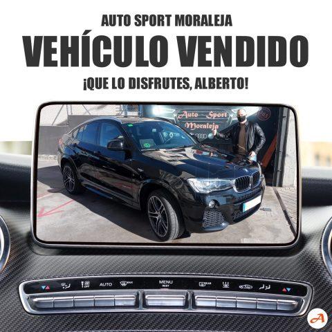 Alberto recoge su BMW X4 en Auto Sport Moraleja